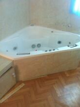 Spa Bath and pump excellent condition Swansea Heads Lake Macquarie Area Preview
