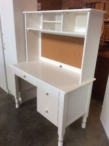 Desk with Hutch Wangara Wanneroo Area Preview