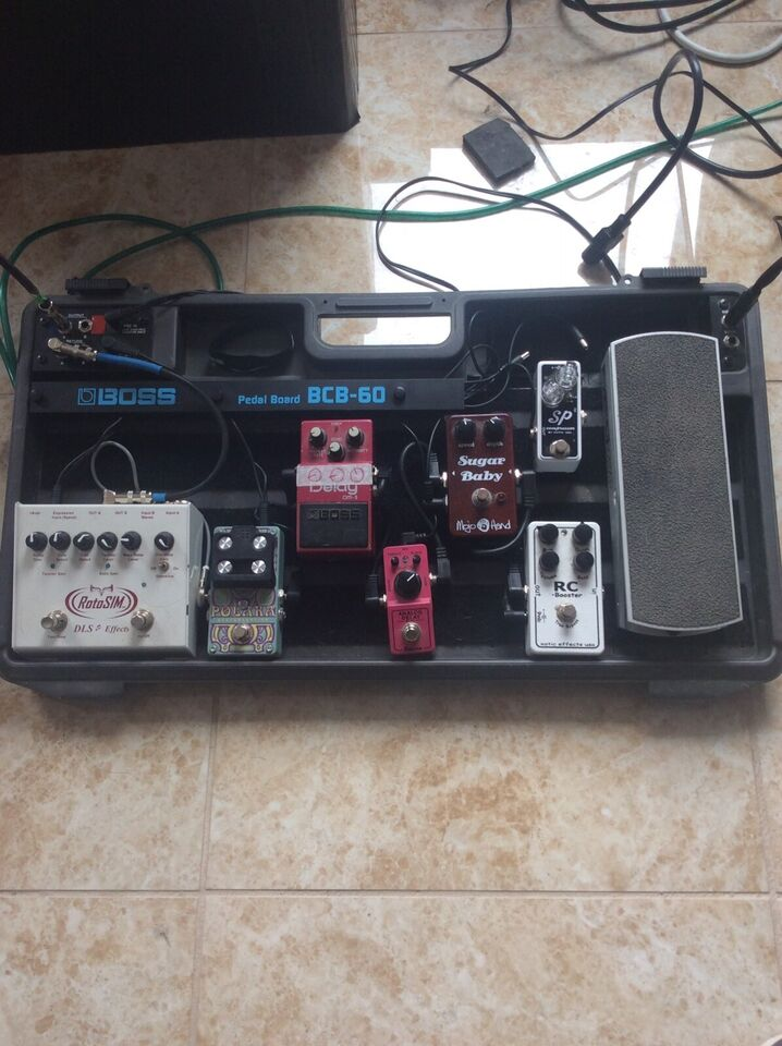 Fantastic Boss Bcb 60 Pedalboard Pedal Board With Power Supply Amps Pedals Wiring Digital Resources Cettecompassionincorg