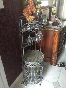 Wine/shelf rack