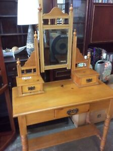 Old dressing table Wangara Wanneroo Area Preview