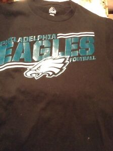 Youth size or men's small Eagles tshirt