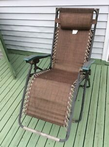 Relax in luxury with this cozy Relaxer Zero Gravity chair $25