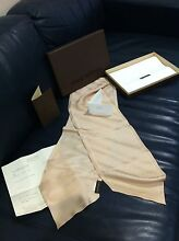 Authentic Louis Vuitton Petite Fleur Champ Scarf Made In Italy Brighton Bayside Area Preview