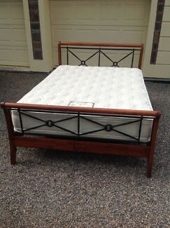 QUEEN SIZE BED WITH AS NEW PILLOW TOP MATTRESS 'CAN DELIVER'