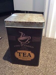 Tea tin Tranmere Clarence Area Preview