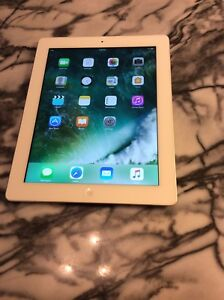 Apple iPad 4  •16Gb Wi-Fi $240 each