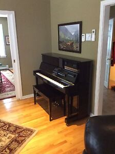 Cable Nelson by Yamaha CN116 Piano, 44""