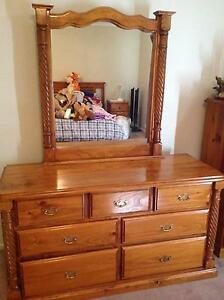 Solid Timber Bedroom Suite Flagstaff Hill Morphett Vale Area Preview