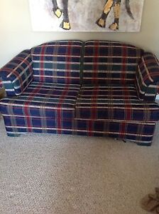Couch love seat set