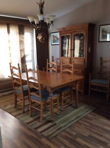 Complete Wood Dining Room Set