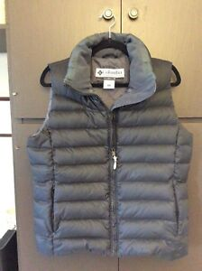 Columbia ladies winter vest. Size medium