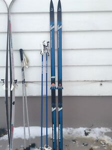 180cc and 190cc Waxless Cross Country Skis With Poles