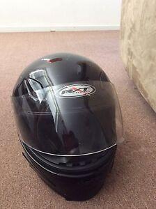 ** RXT - M - Helmet ** Ormond Glen Eira Area Preview