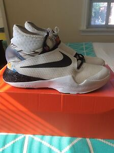 """Nike Zoom HyperRev 2015 """"NCS"""" Size 11 NDS"""