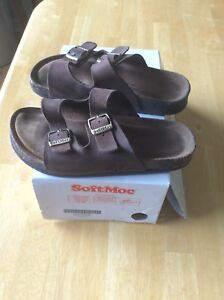 Size 2 SoftMoc Suede Sandals $15