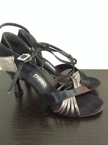 Freed of London Dance Shoes Size 4 M