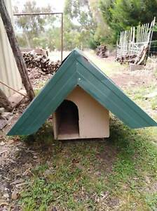 DOG KENNEL FOR SMALL DOG