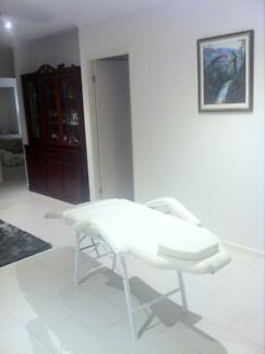 Massage table Wooloowin Brisbane North East Preview