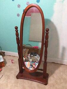 Full length free standing mirror Aberdare Cessnock Area Preview