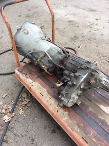 1998 Chevrolet Tranny And Transfer Case $400. 905-853-3222