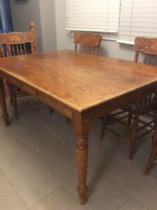 Kitchen table and chairs solid red oak
