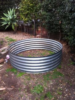 Corrugated Iron Round Vegetable / Herb Tin Elwood Port Phillip Preview