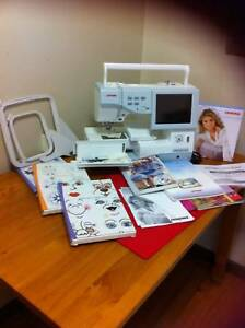 Embroidery Machine Janome 11,000 plus Accessories