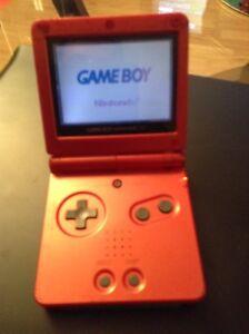 Nintendo Game Boy  Avec Jeux fonctionne a1. 70$