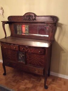 200 hundred year old hutch