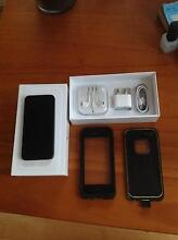 black iPhone 5s Broadbeach Waters Gold Coast City Preview