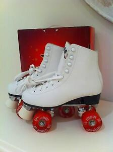 'AS NEW'  ROLLER SKATES Bayview Pittwater Area Preview