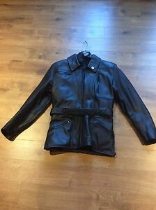Ladies small leather jacket new condition