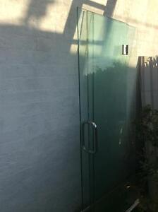 Bathroom lass shower screen enclosue Cleveland Redland Area Preview