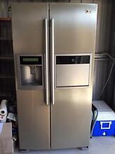 LG 621 litre side by side fridge / freezer Kewarra Beach Cairns City Preview