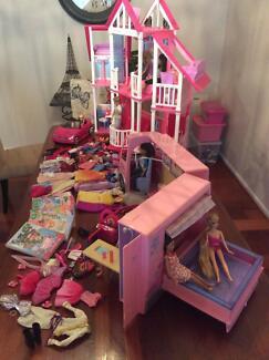 Barbie California Dremahouse & campervan plus more.....