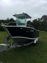 Fishing boat 5.8m Lake Haven Wyong Area Preview