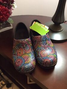 Crocs Clogs - New with Tags