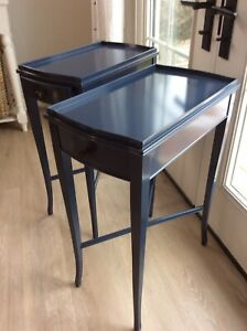 2 side tables, navy blue