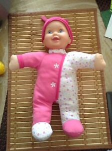 Crib - high chair- in one  Baby doll / making sound - laughing