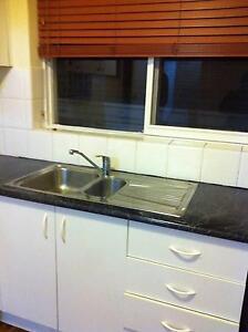 Gorgeous 2 bdrm furnished apt $450 per week St Kilda East Glen Eira Area Preview