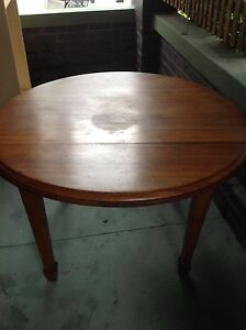 Round solid wooden table Dulwich Hill Marrickville Area Preview
