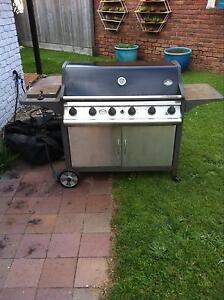6 burner BBQ with wok burner and BBQ cover Maroochydore Maroochydore Area Preview