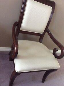 4 chair for sale good Condition