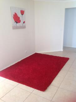STUNNING BURGUNDY RUG FOR SALE Rowville Knox Area Preview