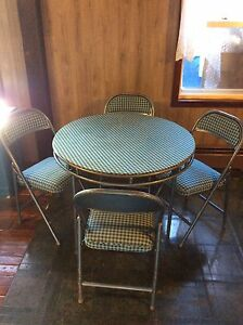 Vintage table et 4 chaise