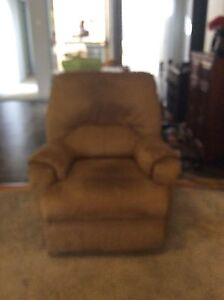 Recliner Chair Tingalpa Brisbane South East Preview