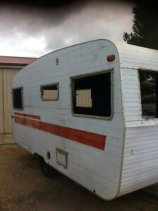 OLD CARAVANS IN BAD OR AVERAGE CONDITION Adelaide CBD Adelaide City Preview