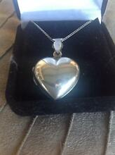 STERLING SILVER PUFF HEART HINGED LOCKET ON A STERLING SILVER CHA Largs Bay Port Adelaide Area Preview