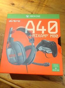 Xbox one headset East Cannington Canning Area Preview